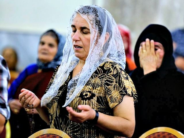 Displaced Christians in Mosul AP