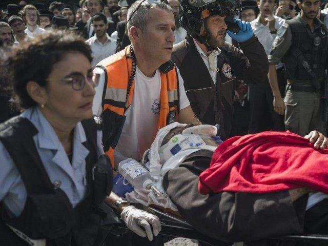 Israeli Stabbed in Terror (Ilia Yefimovich / Getty)