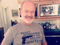 Kelsey Grammer Dons Controversial Pro-Gun, Anti-Abortion T-Shirt