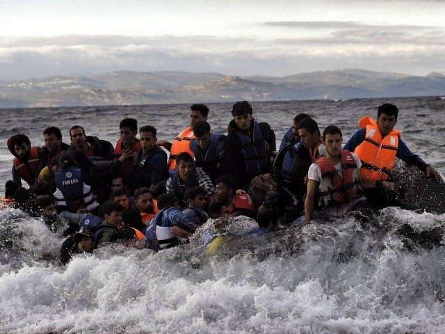 migrants rushing to europe