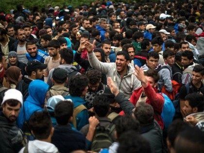 Italy migrant border controls