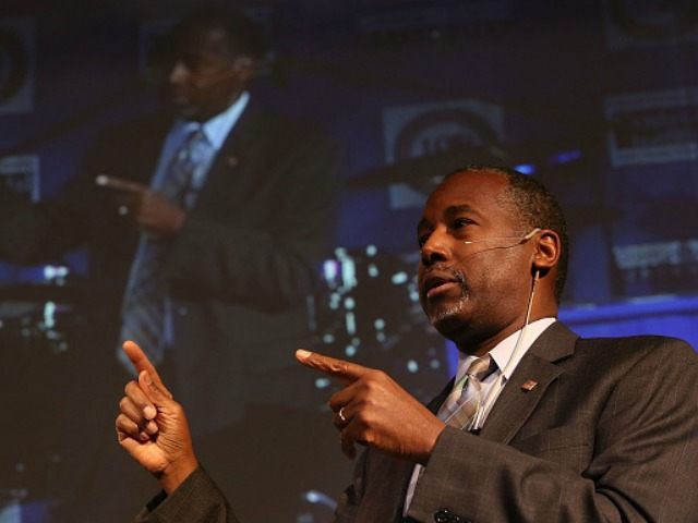 Republican presidential candidate Ben Carson speaks during a Distinguished Speakers Series event at Colorado Christian University on October 29, 2015 in Lakewood, Colorado. Ben Carson was back on the campaign trail a day after the third republican debate held at the University of Colorado Boulder.