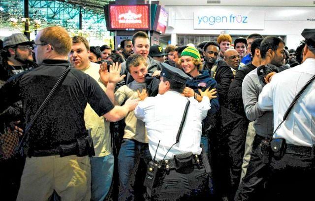 Black Friday Chaos MARK VANCLEAVEMINNESOTA DAILY VIA