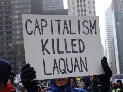 Black Friday Chicago (Lee Stranahan / Breitbart News)