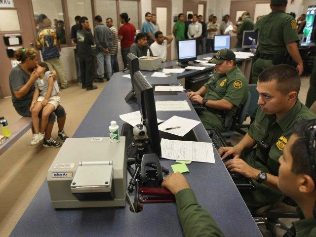 Border Patrol Laredo (John Moore / Getty)