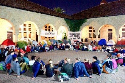 Stanford sit-in (DivestStanford / Twitter)
