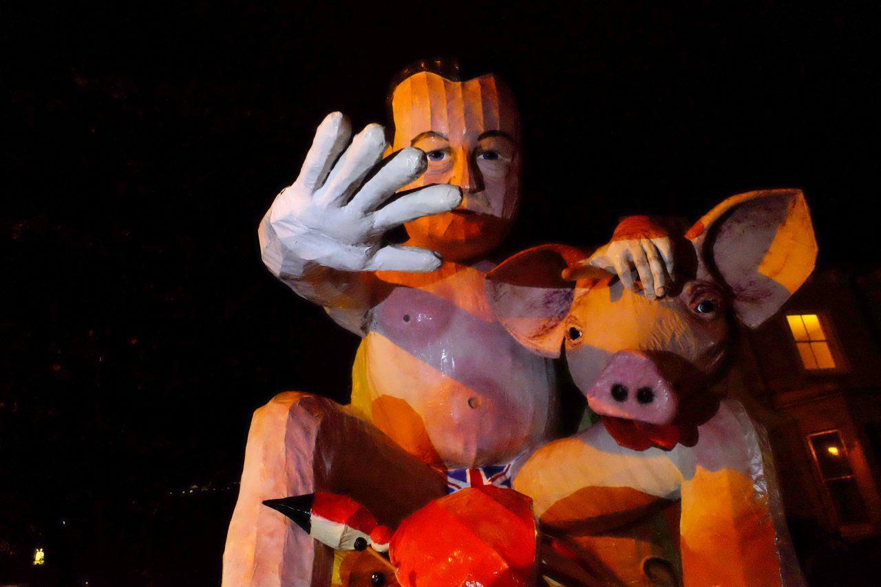 David Cameron and a pig (Breitbart London/Rachel Megawhat)