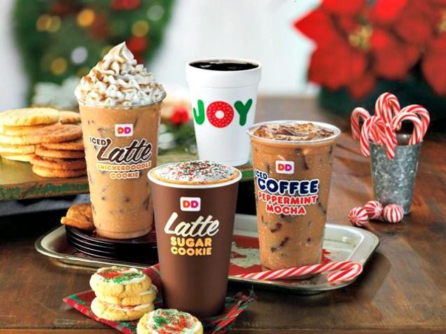 PHOTOS: Dunkin' Donuts Unveils Christmas Cups - Breitbart