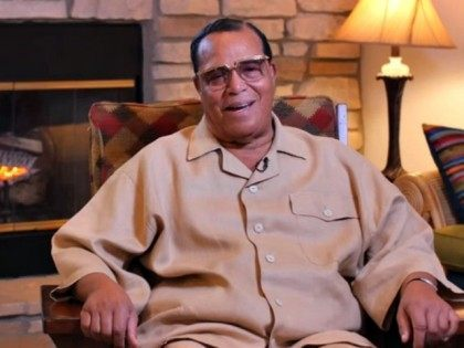 Louis Farrakhan Gives Mizzou Protesters High Praise in Video Message
