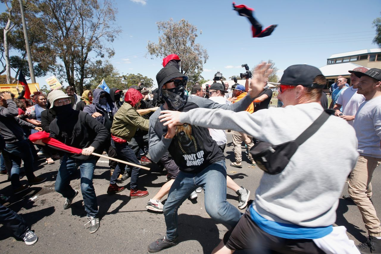 There were violent clashes between Reclaim Australia demonstrators and far-left counter protesters in Melbourne (Darrian Traynor/Getty Images)
