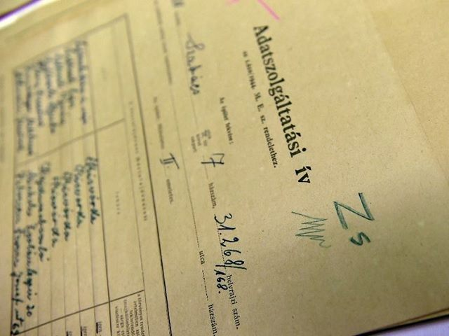 Holocaust Documents