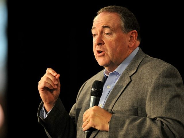 Republican presidential candidate Mike Huckabee speaks at the Growth and Opportunity Party, at the Iowa State Fair October 31, 2015 in Des Moines, Iowa. With just 93 days before the Iowa caucuses Republican hopefuls are trying to shore up support amongst the party. (Photo by )