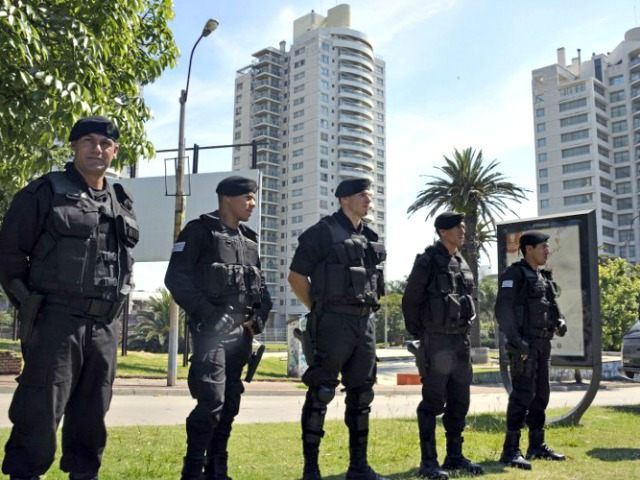 Israeli Officers Guard Embassy AFPMario Goldman