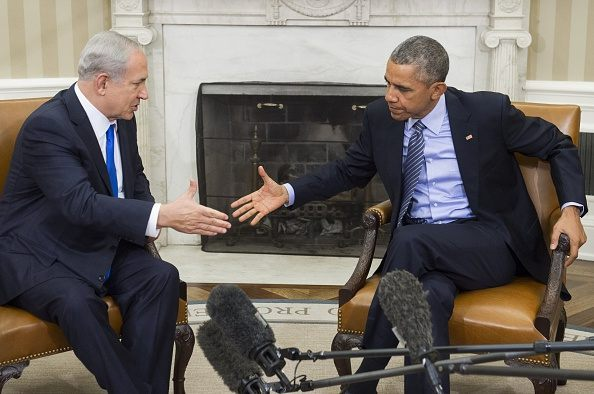President Barack Obama(R) and Israeli Prime Minister Benjamin Netanyahu hold a meeting in the Oval Office of the White House in Washington, DC, November 9, 2015. Netanyahu meets Obama in a bid to set aside their frosty personal ties, turn the page on the Iran nuclear deal and talk defense …