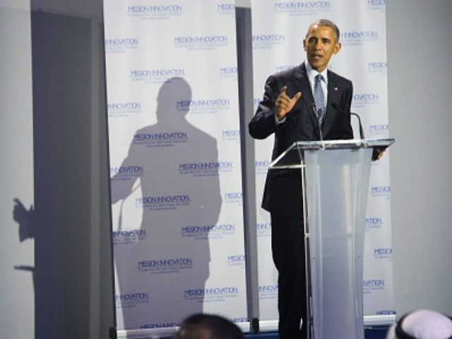Microsoft co-founder Bill Gates (L) listens to a speech by US President Barack Obama (R) during the Mission Innovation event at the UN conference on climate change COP21 on November 30, 2015 at Le Bourget, on the outskirts of the French capital Paris. More than 150 world leaders are meeting …