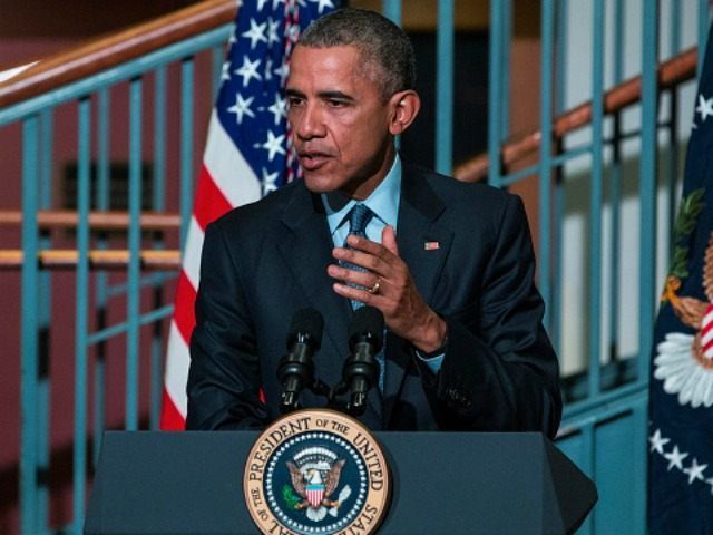 U.S. President Barack Obama speaks at the Rutgers University-Newark S.I. Newhouse Center for Law and Justice on November 2, 2015 in Newark, New Jersey. Obama spoke on the difficulties formerly-incarcerated people face when re-entering society after serving time in prison and new initiatives to help support those going through the …