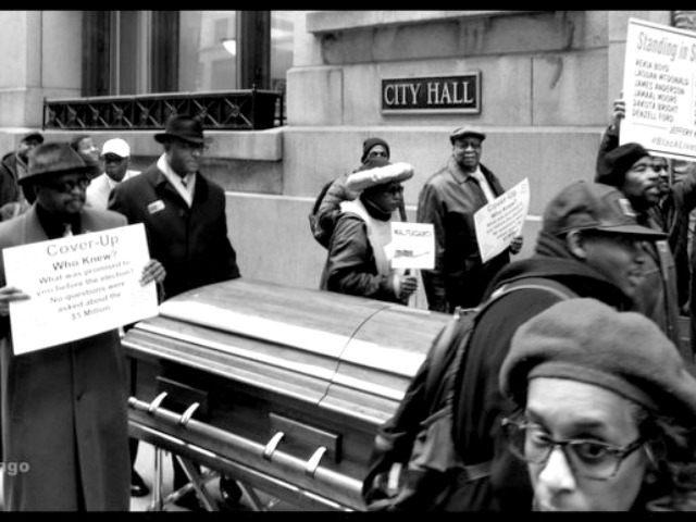 Parade coffin @vaughnchicago