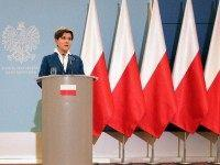 New Right Wing Polish Government Removes EU Flags