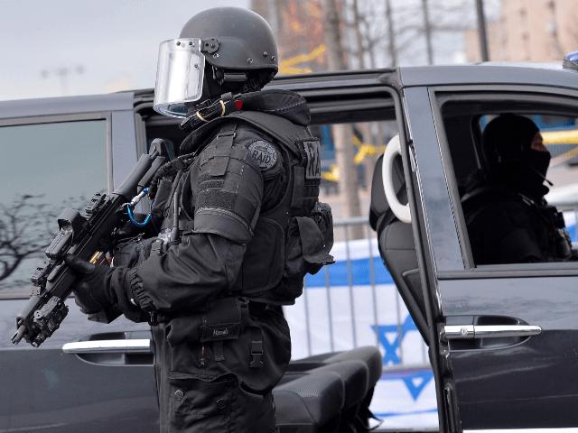 French police Benjamin Netanyahu France Israel