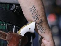 Gun We the People (Peter Stevens / Flickr / CC / Cropped)
