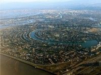Silicon Valley Early-Stage Venture Capital Funding Cut in Half