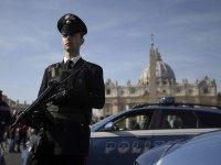 Islamic State Threatens 'Christmas Blood' in Vatican, State Dept Issues Warning