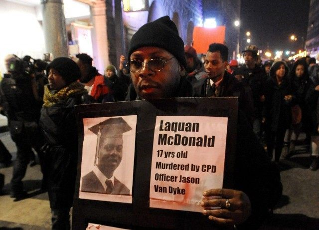 Chicago Teachers Union, Jesse Jackson Launch Robocall to Urge Black Friday Unrest over Laquan McDonald