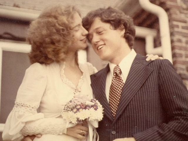 Hillary Clinton Shares Her Spanish-Language 'Love Story' With Bill