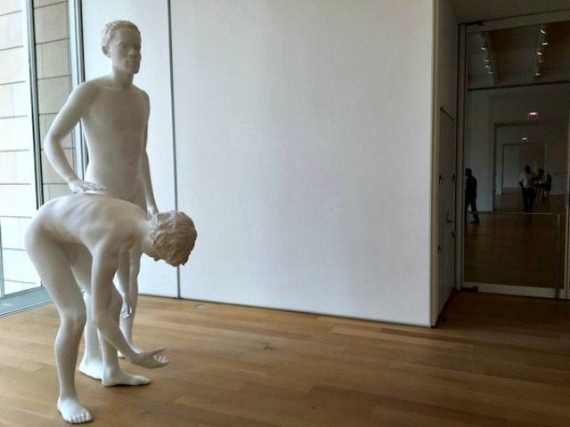 sculpture critique essay