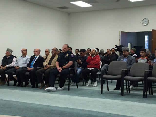 Ahmadiyya Community Dallas prayer for San Berdnadino Victims