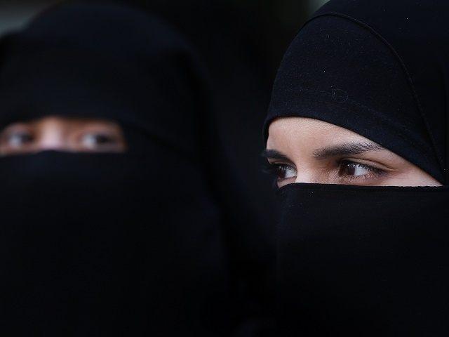 Ban face veils