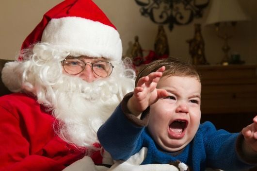 Dealing-with-Kids-Fear-of-Santa