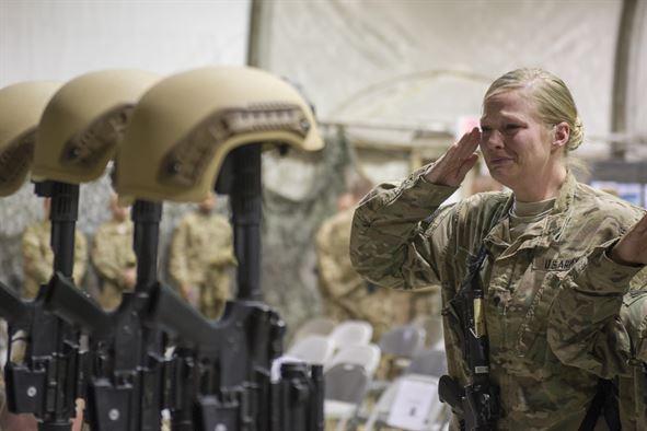 Airmen at Bagram honor the six soldiers who died in Afghanistan.
