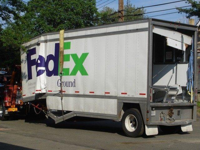 FedEx (Brad Topar / Flickr / CC / Cropped)