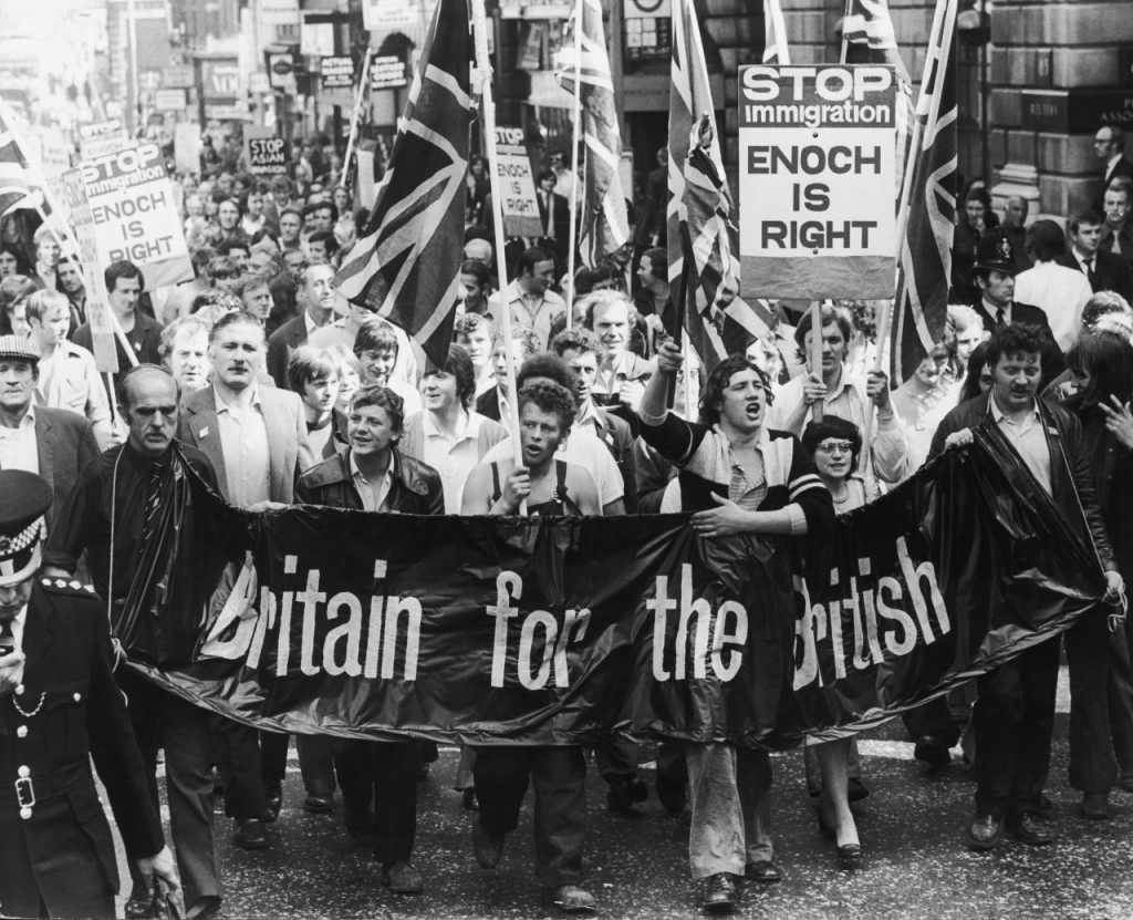 Smithfield meat porters march on the Home Office, bearing a petition which calls for an end to all immigration into Britain, 25th August 1972. (Photo by Keystone/Hulton Archive/Getty Images)
