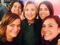 Hillary-Clinton-Broad-City-Twitter