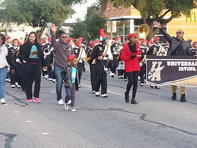 Irving, Texas, Christmas Parade. (Breitbart Texas Photo/Merrill Hope)