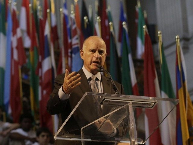 Jerry Brown UN (Jeff Chiu / Associated Press)