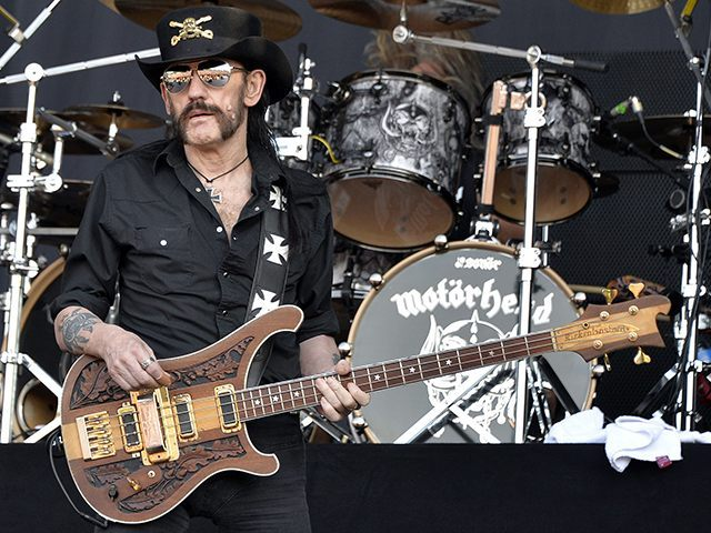 Motorhead's Lemmy Dies of Cancer at Age 70