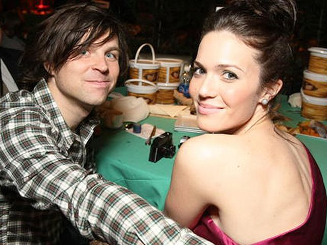 Mandy Moore and Ryan Adams, AP Photo
