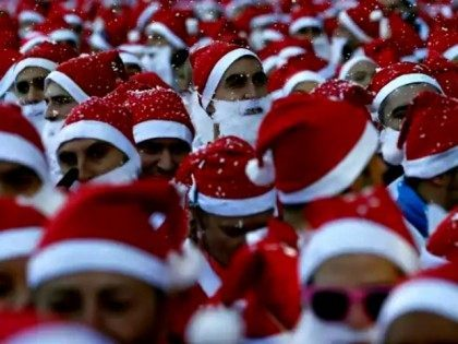 Multiple Santas AP