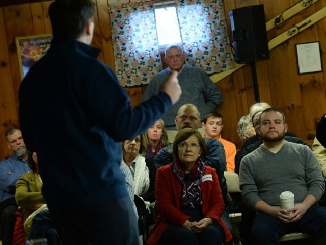 Republican Presidential candidate Marco Rubio speaks during a town hall at the VFW November 30, 2015 in Laconia, New Hampshire. Rubio has slowly been rising in the polls since a strong performance at the last debate. (Photo by