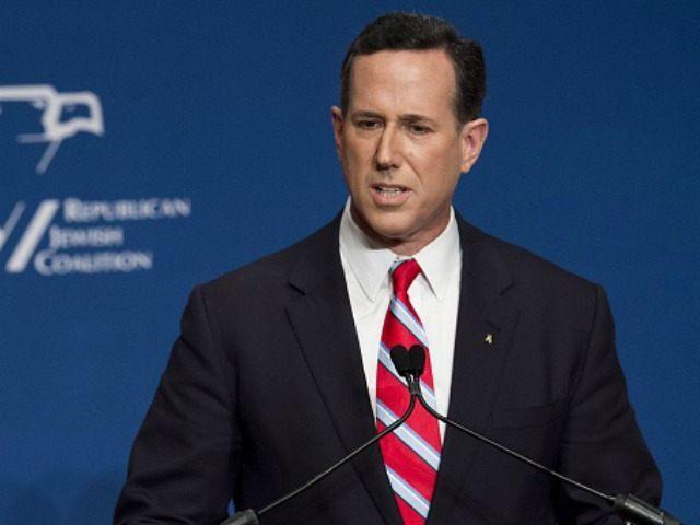 Rick Santorum, former senator of Pennsylvania, speaks during the 2016 Republican Jewish Coalition Presidential Candidates Forum in Washington, DC, December 3, 2015. AFP PHOTO / SAUL LOEB / AFP / SAUL LOEB (Photo credit should read