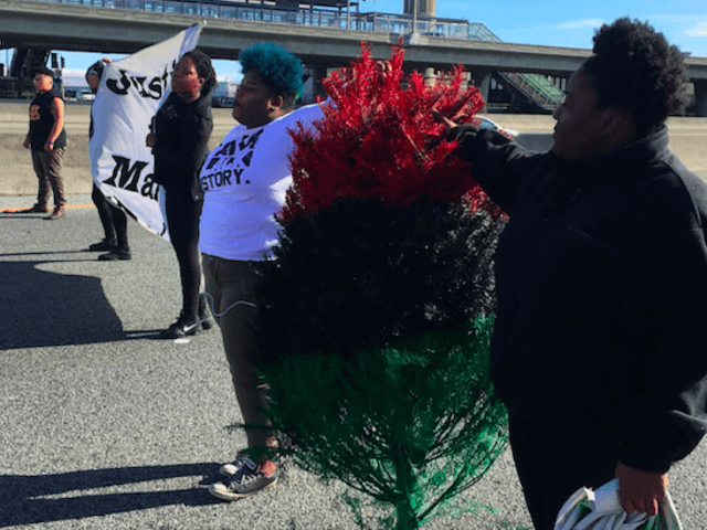 Black Christmas and Black Lives Matter on 405 (Jamilah King / Twitter)