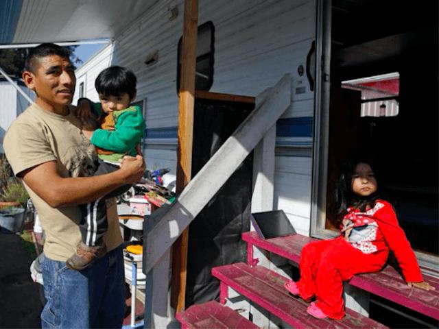 Buena Vista Mobile Home Park (Eric Risberg / Associated Press)