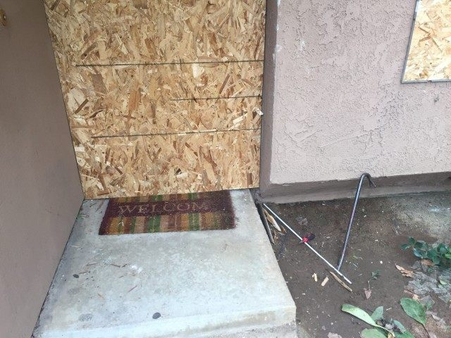 Suspects' home with crowbar (Michelle Moons / Breitbart News)