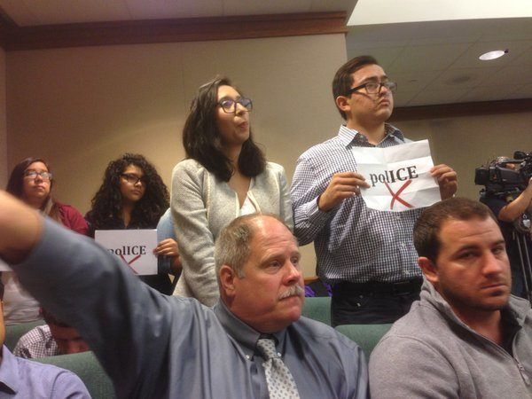 Pro-Illegal Immigration protesters disrupt State Affairs Committee hearing on Sanctuary City policies. The protesters were removed. (Photo: Twitter/@TimEaton30)