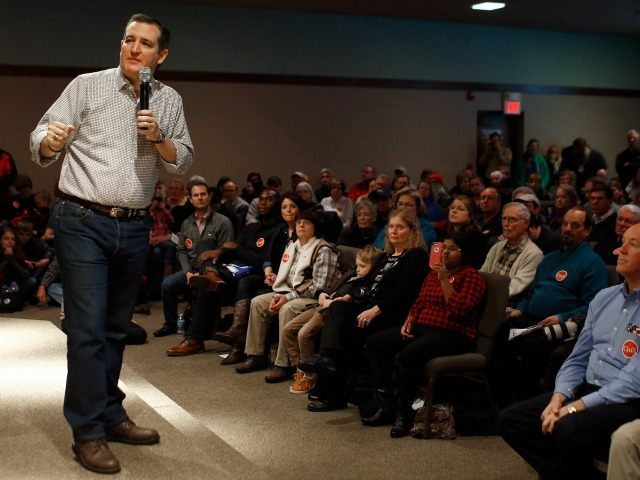 Republican presidential candidate, Sen. Ted Cruz, R-Texas holds a town hall at Praise Community Church in Mason City, Iowa, Friday, Jan. 8, 2016.