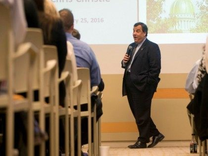Republican presidential candidate, New Jersey Gov. Chris Christie speaks with Fidelity Investments employees, Monday, Jan. 25, 2016, at their facility in Merrimack, N.H.