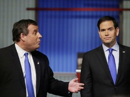 Chris Christie Knocks Marco Rubio Off Script in New Hampshire